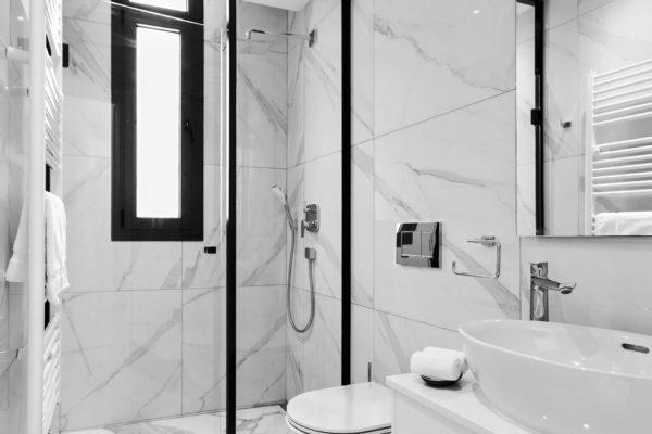 Downtown-Park-Bathroom